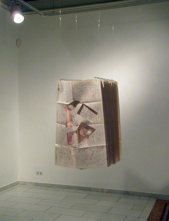 EN CONFECCIÓN | 2009 | Técnica mixta | 54 x 78 x 50  cm